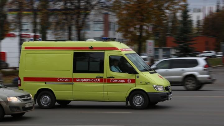 В Уфе пятилетняя девочка упала на скалодроме и сломала позвоночник