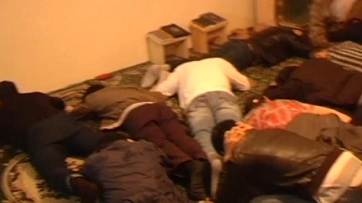 Сотрудники ФСБ нашли молельную комнату с экстремистами в самарском кафе