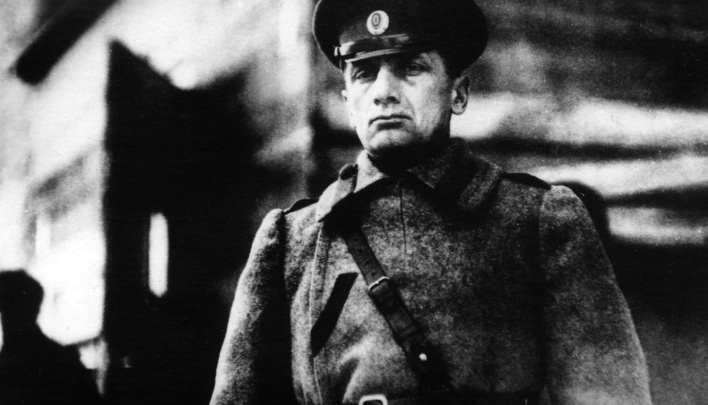 Российские меценаты купили архив Колчака, чтобы вывезти его на родину