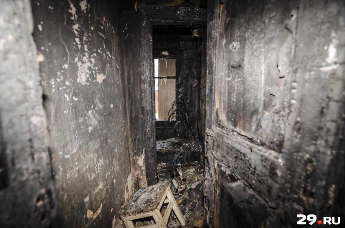 Дом в Пуксе сгорел полностью