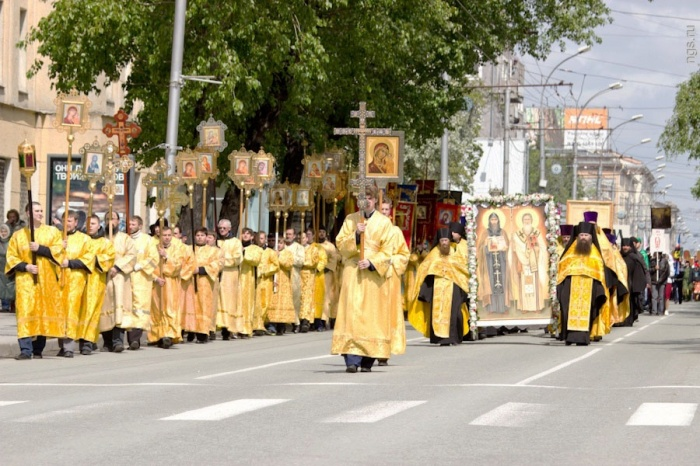 Крестный ход пройдёт от Александро-Невского собора до Нарымского сквера