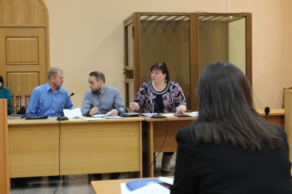 Юрий Чесноков, Алексей Куроптев и Оксана Владыка на заседании