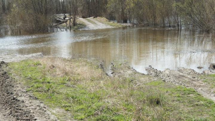 «Вся деревня переживает трагедию»: два рыбака пропали на Убинском озере