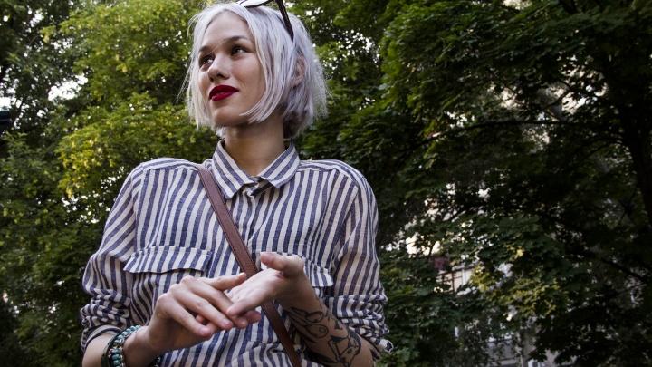 Ростовским школьницам могут запретить красить волосы и пользоваться косметикой