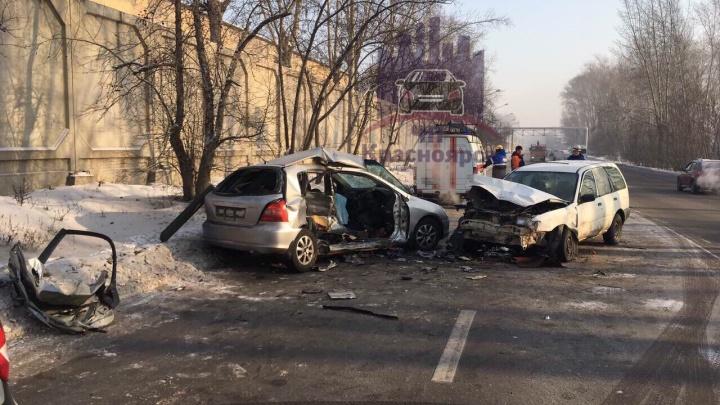 Водитель «Хонды» вылетел на встречку и погиб в ДТП на скользкой дороге