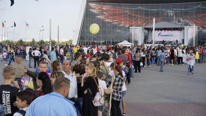 «Территория Авангарда»: следим за фестивалем у «Арены Омск» в режиме онлайн