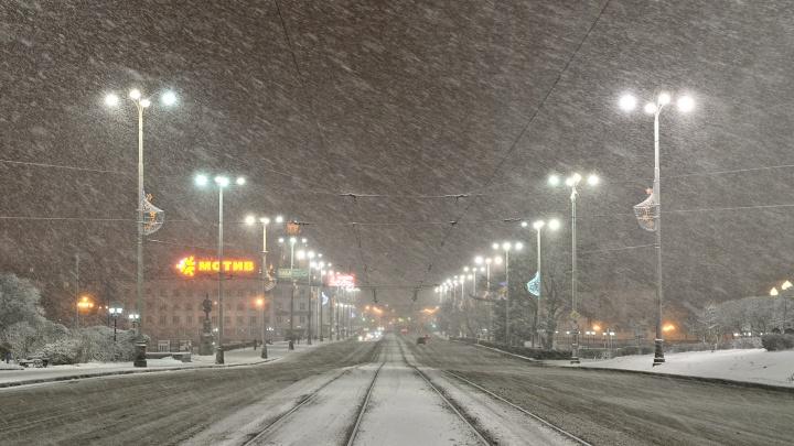 Морозы отступили: на выходных в Екатеринбурге будет тепло и снежно
