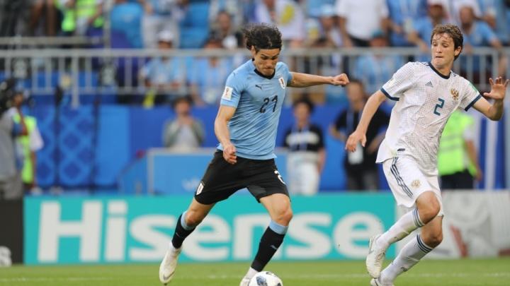 «Это не с арабами биться»: как красноярцы переживают жесткий проигрыш Уругваю на ЧМ по футболу