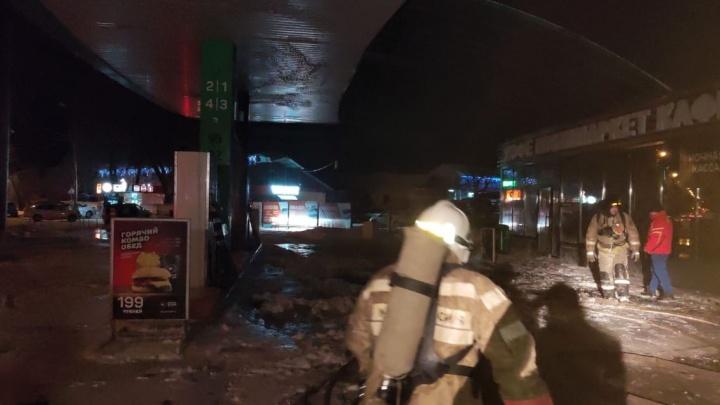 На заправке в Башкирии произошел пожар