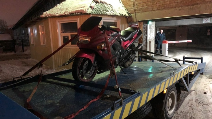 У байкера украли красный Kawasaki: через 5 дней он нашёл его на сайте объявлений
