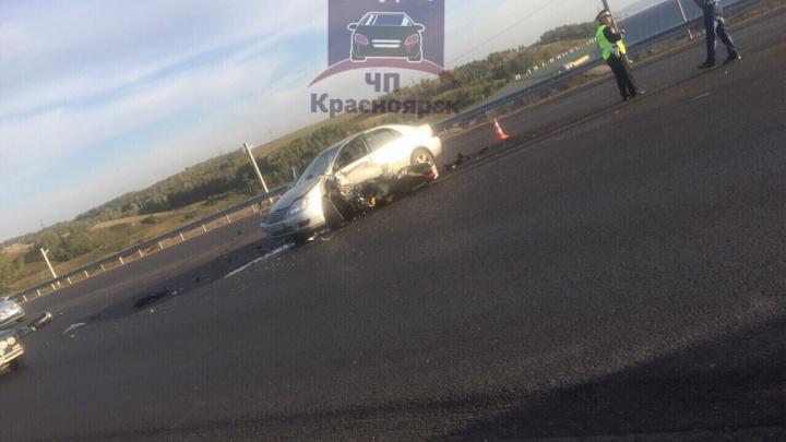 Водитель «Тойоты» решил развернуться и сбил попутного мотоциклиста