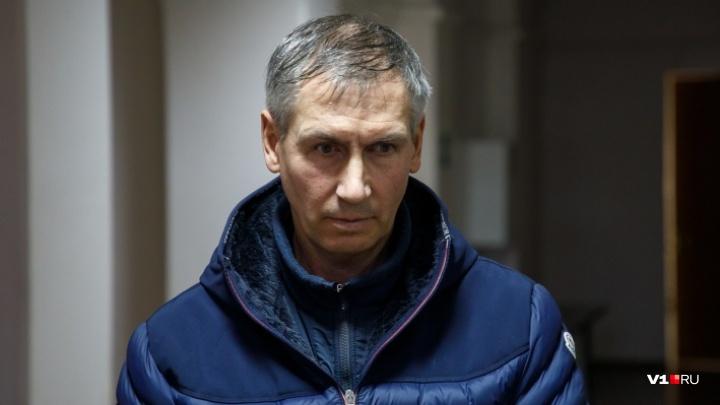 «Ему грозит до 10 лет»: в Волгограде лодочника Леонида Жданова обвинили по более тяжкой статье