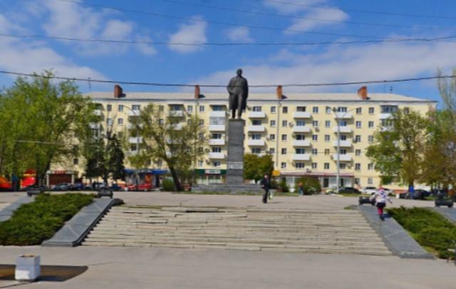Власти Ростова планируют вернуть фонтан на площадь Ленина
