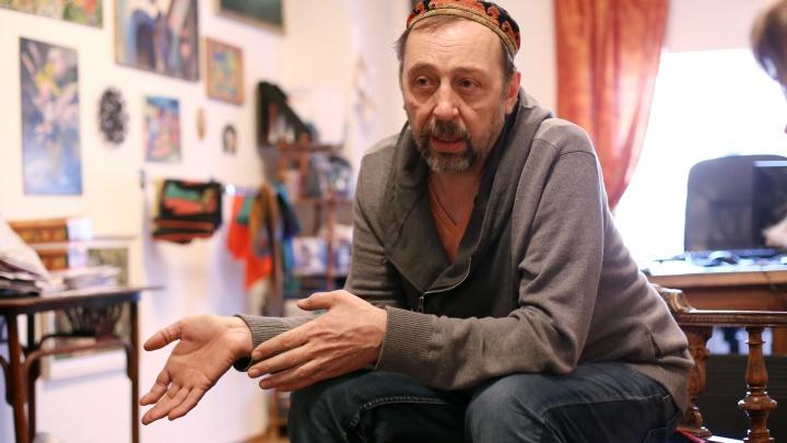 «Останешься лохом, если будешь жить в провинции»: Коляда — о том, почему таланты рвутся в Москву