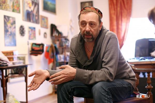 Николай Коляда согласен с Алексеем Ивановым, что в глазах столичных жителей люди из провинции — лохи