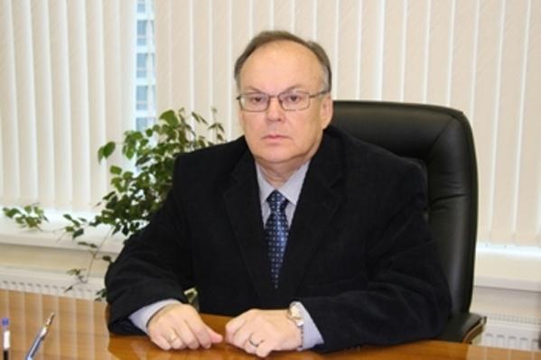 Сергей Давыденко продолжает ходить на работу