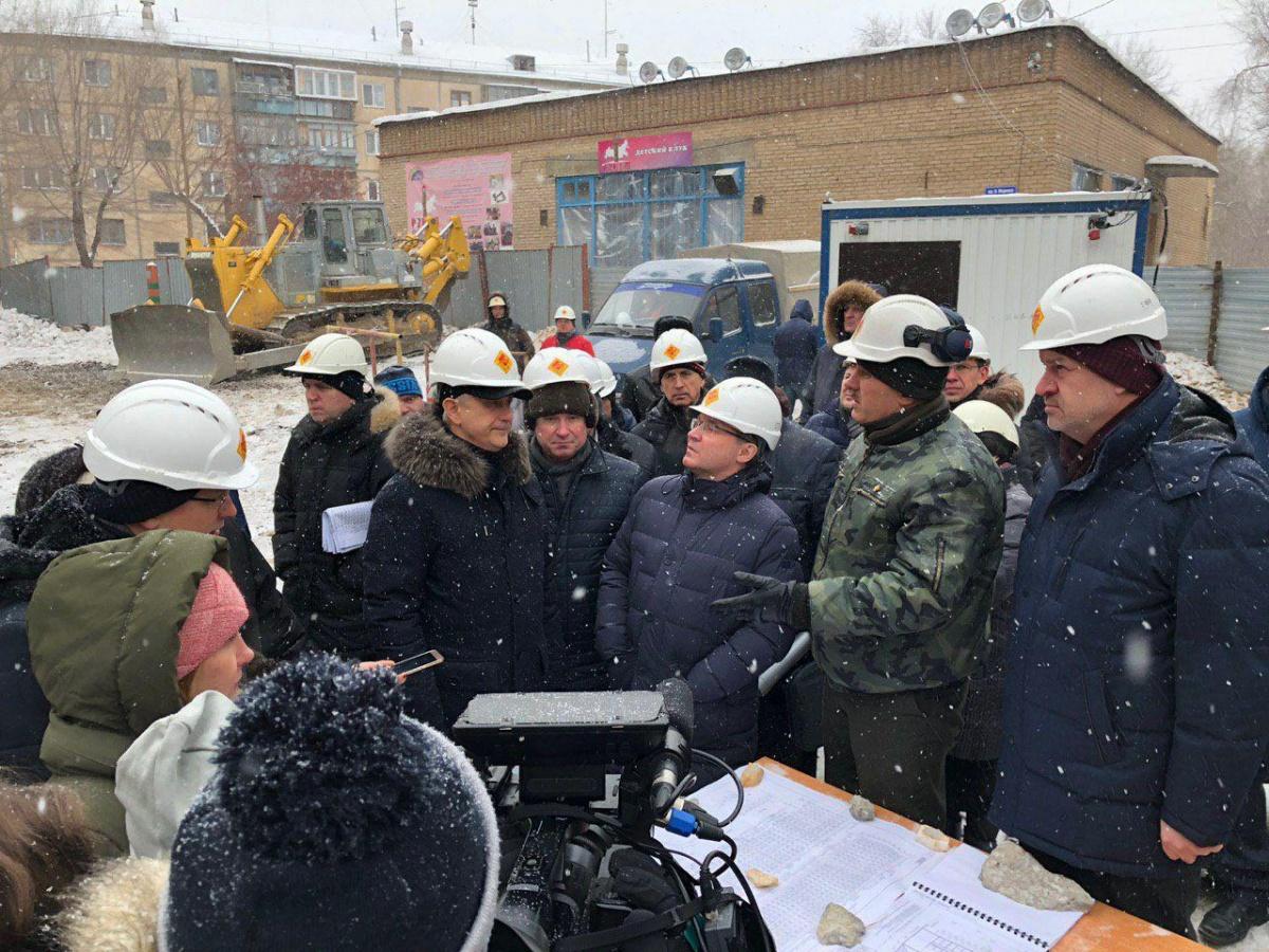 Владимир Якушев провёл выездное совещание по демонтажу дома, где произошёл взрыв