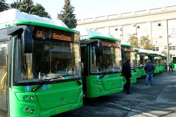 С сегодняшнего дня по городу курсируют 28 зелёных ЛИАЗов
