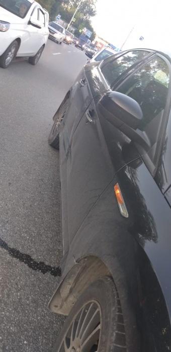 Свидетели ДТПв Базовом переулке сняли на видео погоню за водителем Mazda, сбежавшим с места аварии