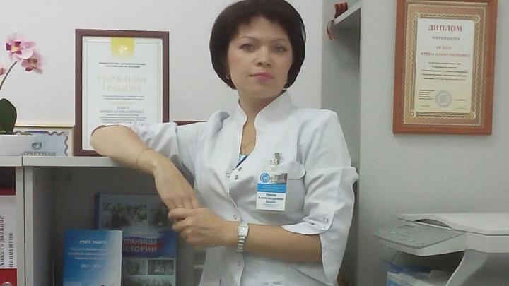 Помогает пациентам 20 лет: медсестра из Новосибирска признана лучшей в России
