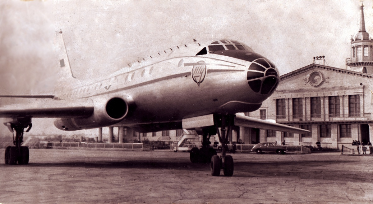 Ту-104 в Кольцово, 50-е годы