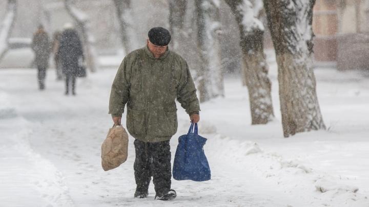 Потеплеет и пойдет снег: к среде морозы отпустят Волгоградскую область