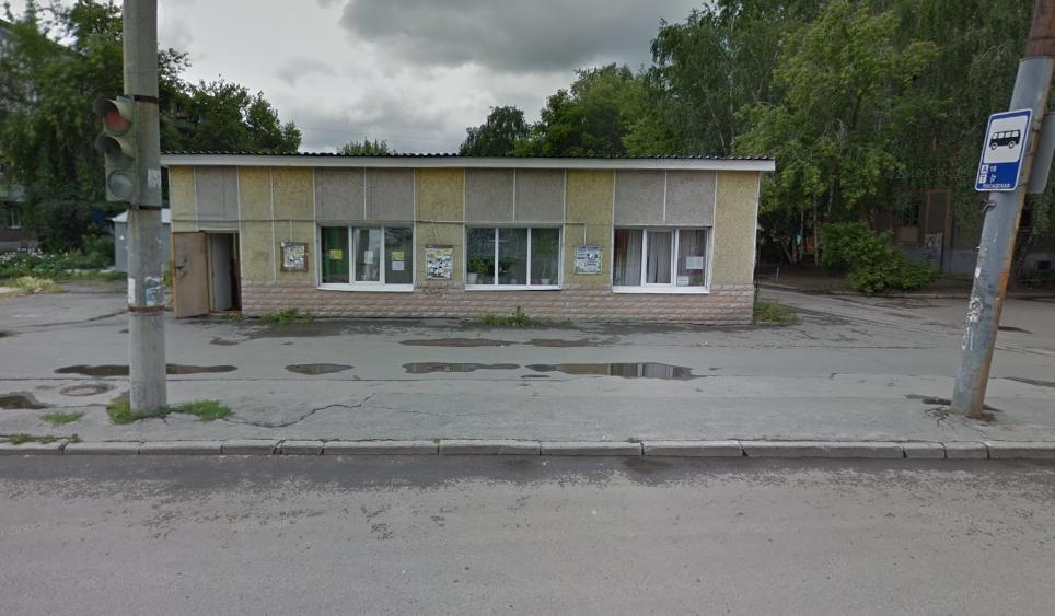 А вот как выглядит здание, которое якобы метро