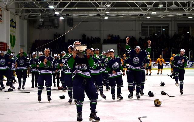 Рустэм Хамитов поздравил ХК  «Горняк» с победой в финале Кубка регионов