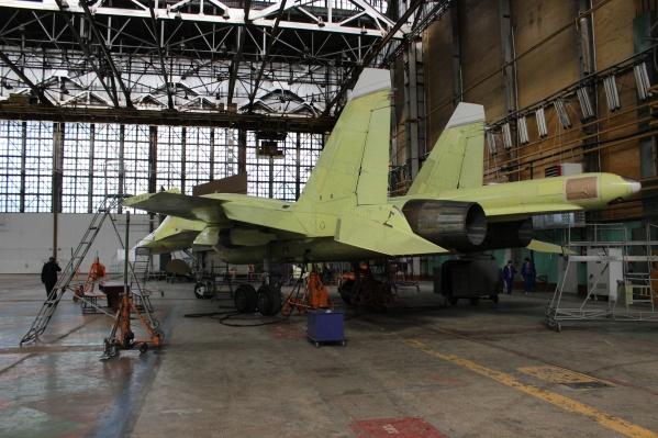 Завод и дальше продолжитпроизводить сверхзвуковые истребители-бомбардировщики