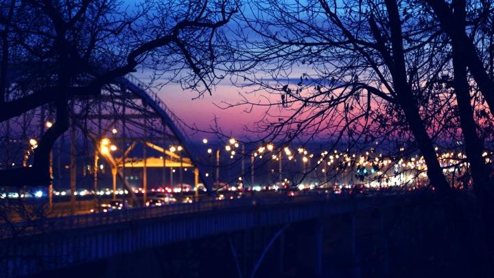 Мост, беседки и алеющий закат: гуляем в одном из самых романтичных парков Уфы