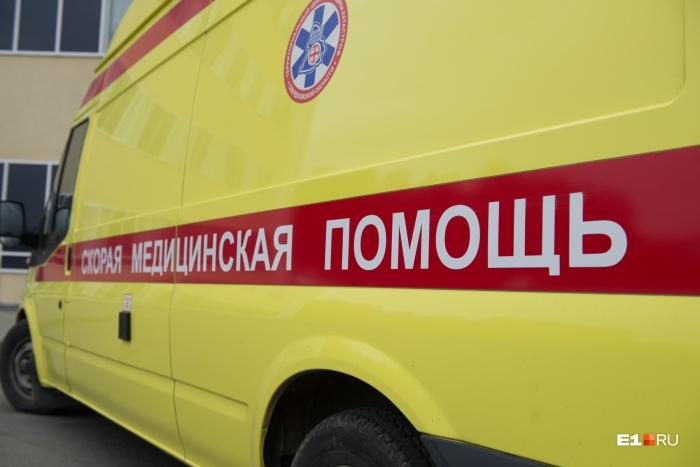 Малышей увезли на скорой в больницу