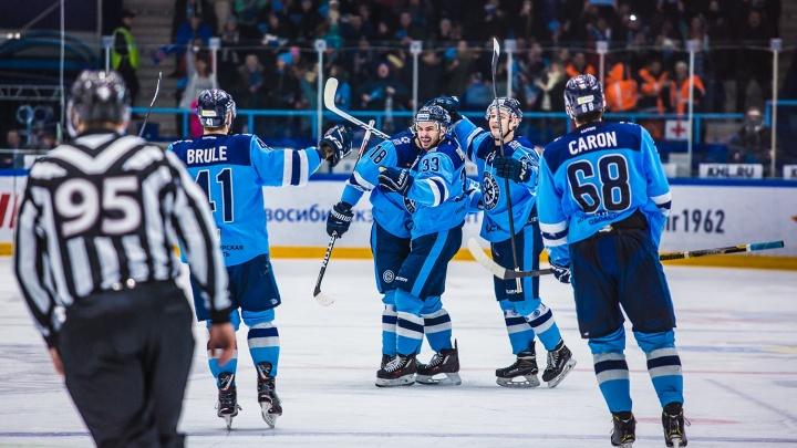 Хоккейная«Сибирь» проиграла нижегородскому«Торпедо»