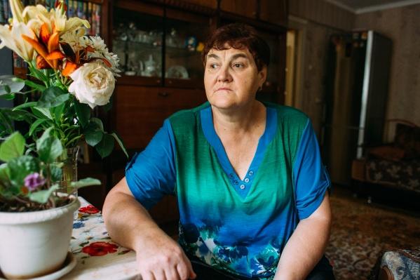 Бывший инженер-технолог Галина Черненко живёт с 83-летней мамой и сыном — студентом университета