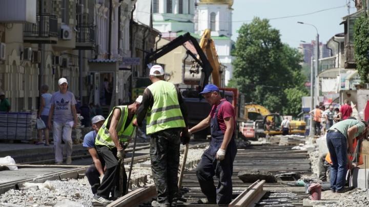 «Последние штрихи»: дорожные работы в центре Ростова продолжаются