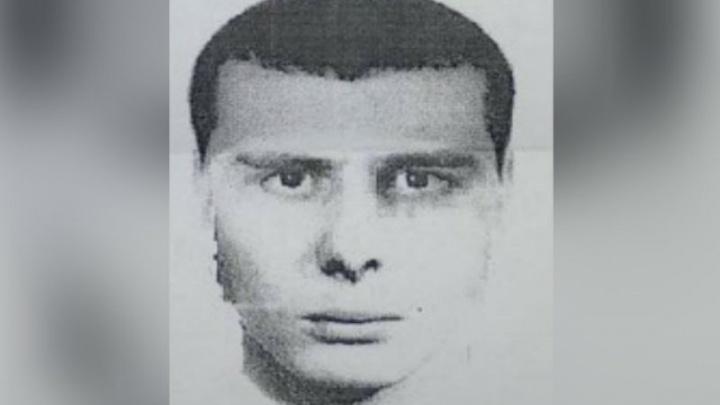Ворвался с пистолетом и напал на женщин: сколько вынес с Почты России брагинский грабитель