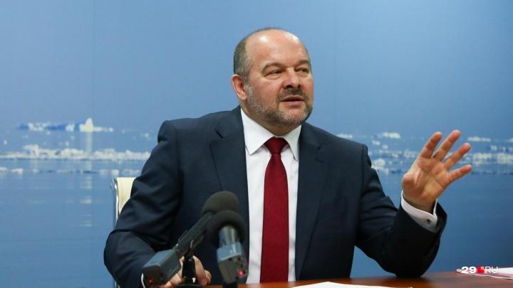 «У вас нет контакта с населением»: губернатор Игорь Орлов призвал чиновников общаться с людьми