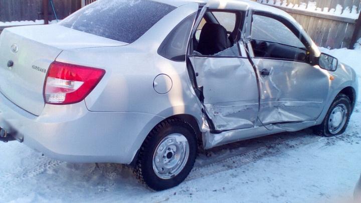 Угнали машину и попали в ДТП: в Каргапольском районе задержали подозреваемых