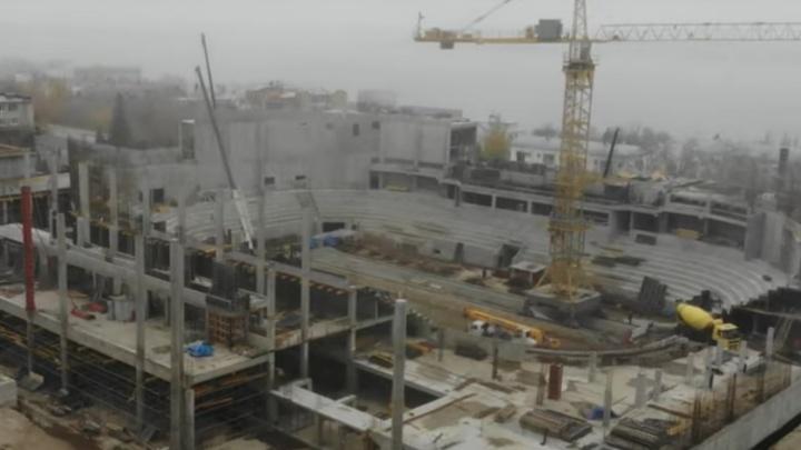 Бетонная махина: смотрим свежее видео со стройки нового Дворца спорта на Молодогвардейской