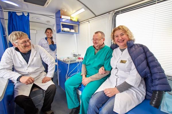 Врачи приморской больницы ждут жительниц района на обследование