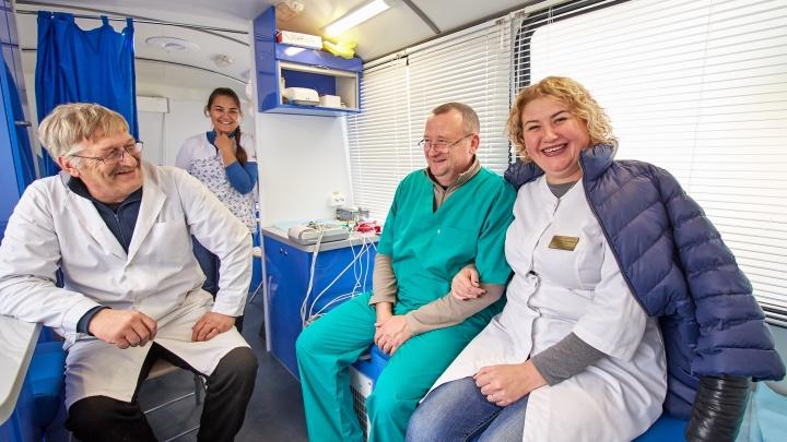 Маммограф едет в деревни: где пройти обследование жительницам Приморского района