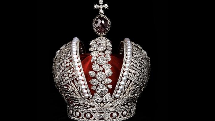 В Екатеринбург впервые привезут реплику короны Российской империи за миллиард рублей