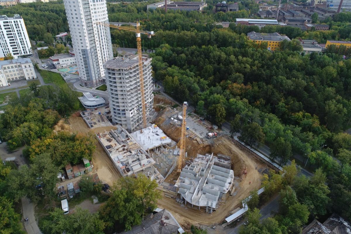 Атомные стройки: сколько стоит дом в парке, дом у метро и дом у реки