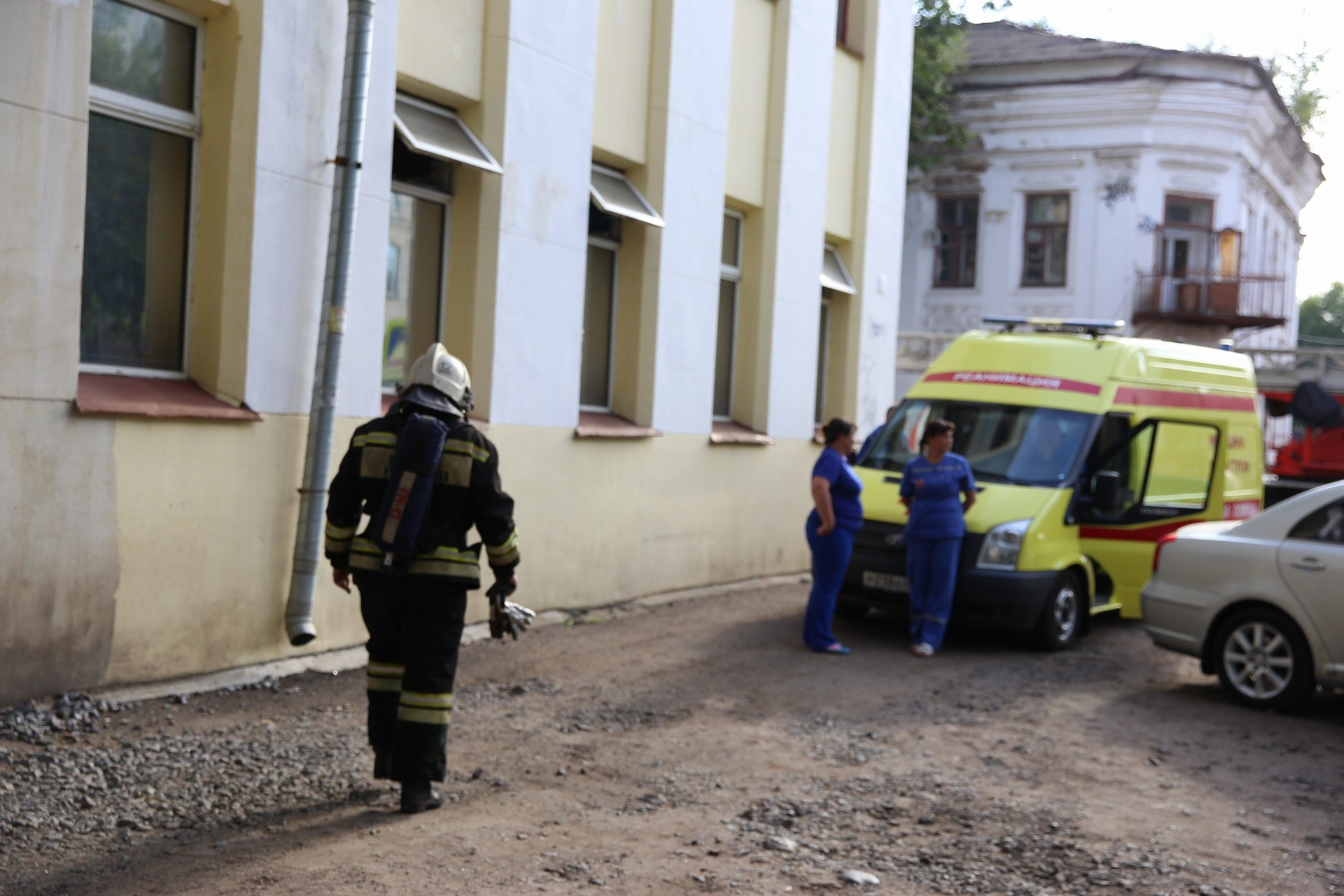 Пожарные успокоили — опасность миновала