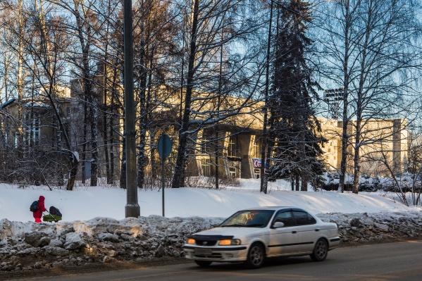 СО РАН планирует отказаться от спортивных, обслуживающих и природных объектов