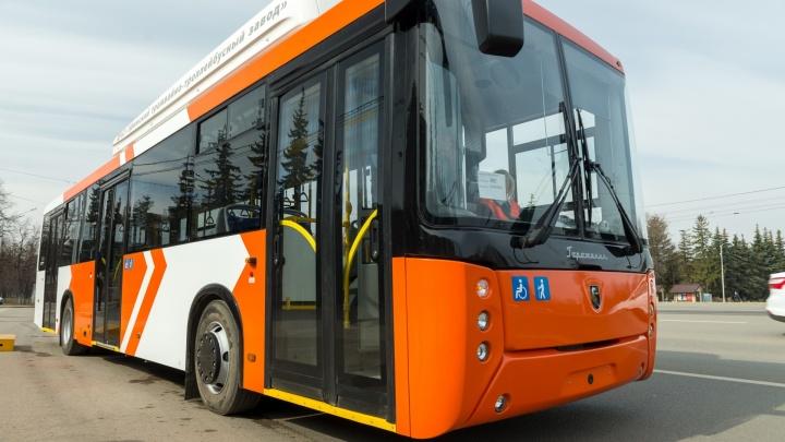 В Омске новый электробус будет ездить по метромосту