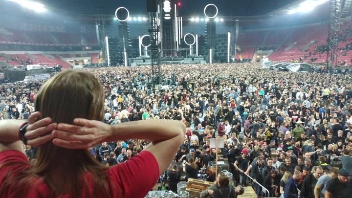 «Шоу у них потрясное»: красноярка побывала на концерте Rammstein в Праге и рассказала, как это было