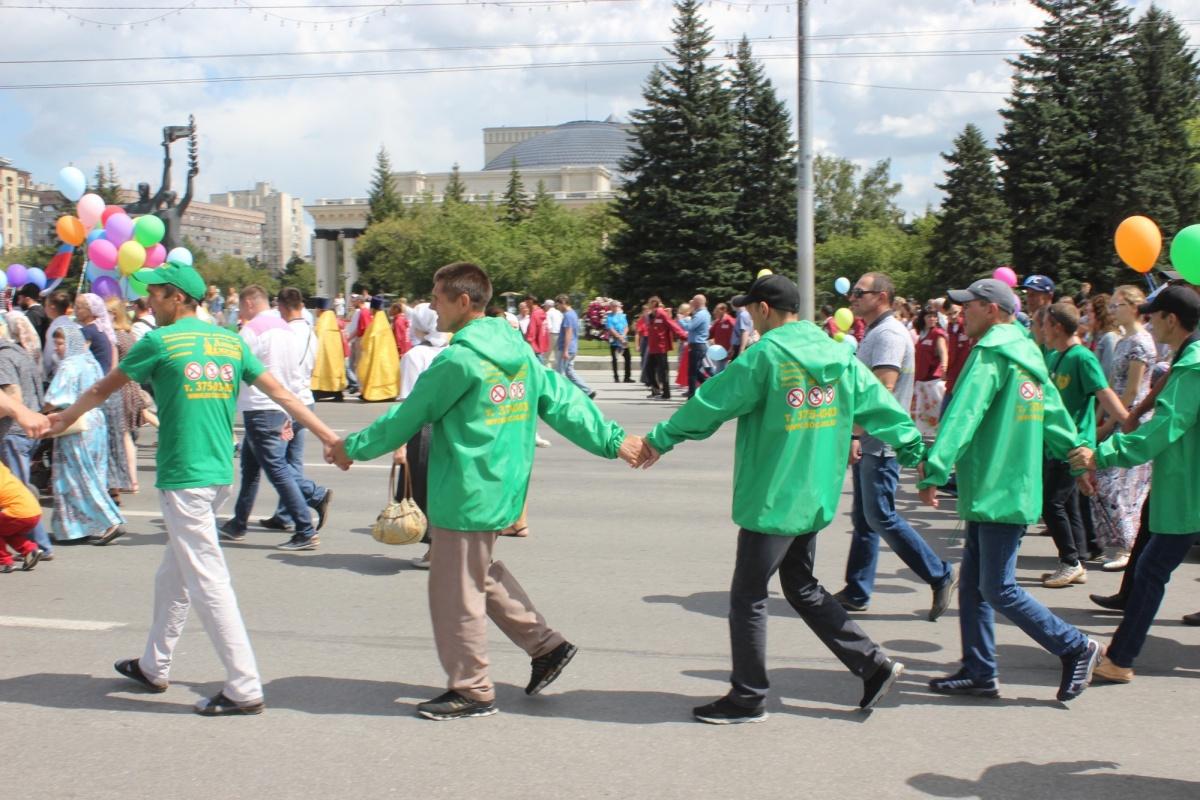 В Новосибирске открыли памятник Николаю Кровавому