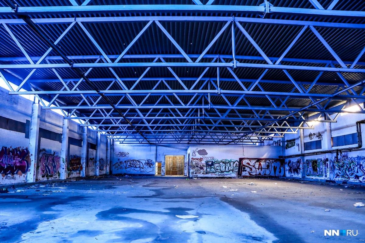 Будет немного жаль потерять невидимое городу искусство