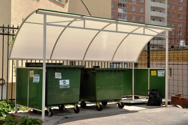 Контейнеры на площадках станут двух цветов: для пищевых и непищевых отходов