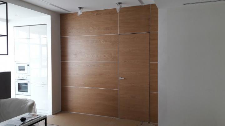 """В Екатеринбурге начали продавать двери-""""невидимки"""" от производителя"""